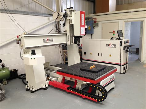 woodworking routers for sale uk maxi m8 5 axis cnc router maxicam