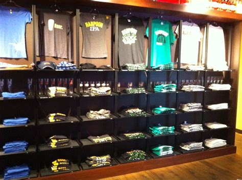 Tees Shop 27 Best Images About T Shirt Displays On Cube