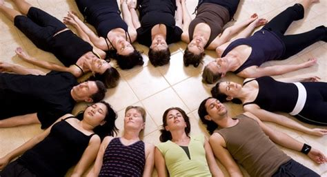 tutorial respiracion yoga shavasana savasana yoga corpse pose benefits and steps