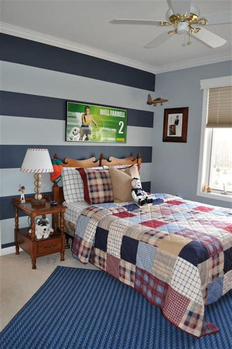 boys bedroom paint ben moore nantucket fog the color of the stripe is ben