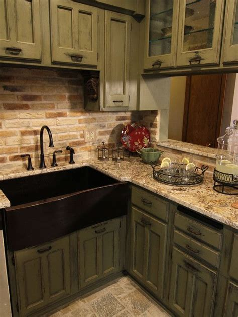 Grey Slate Countertops by Would Like This Better With A Solid Countertop A Slate