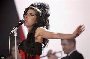 Winehouse Has Said Yes Yes Yes To Rehab by Reg Traviss Trial Winehouse S Ex Sleeping