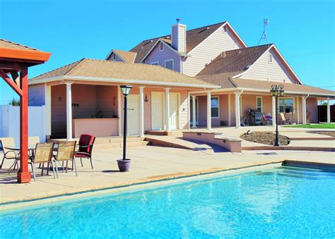 pool houses with bathrooms arbors bars fire bowls and more ultimate pools by fetter