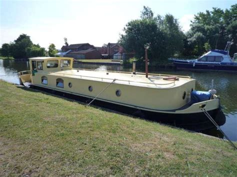1 Bedroom Yacht For Sale 1 Bedroom House Boat For Sale In Gloucester Sarpness
