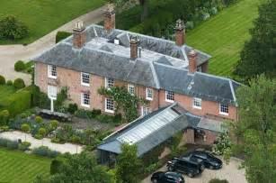 kate middleton home royalty kate middleton s family home in bucklebury berkshire