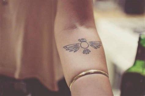 minimalist tattoo san diego native american crow tattoo skin needles pinterest