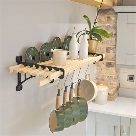 kitchen shelf rack 8 laths cast in style