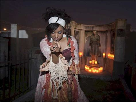 scariest haunted houses the 13 scariest haunted houses in america business insider