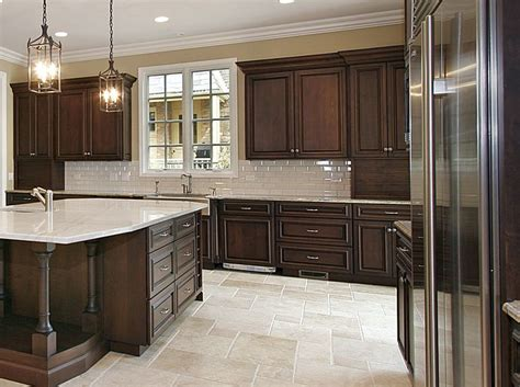 black brown kitchen cabinets best 25 brown cabinets kitchen ideas on
