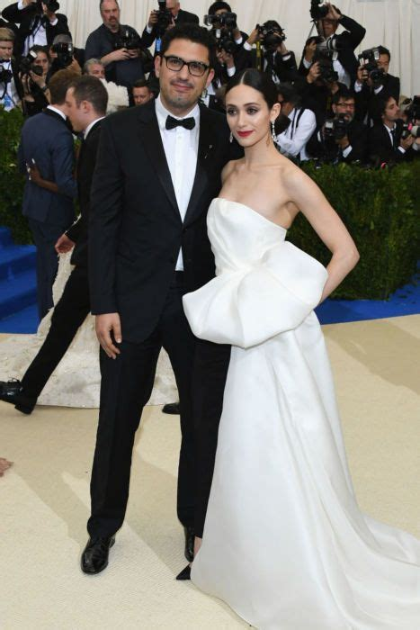 emmy rossum is married to shameless star emmy rossum tied the knot with sam