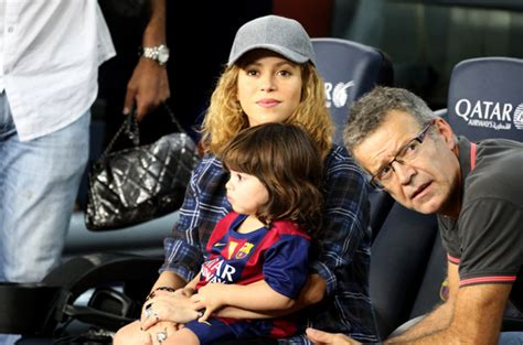 shakira welcomes baby boy and his name is e news shakira gives birth to her second baby boy with gerard piqu 233