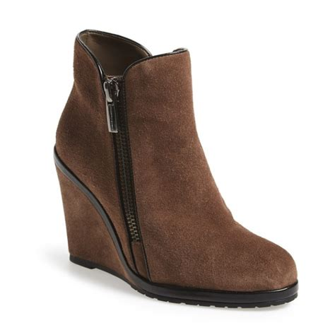 vince camuto jeffers wedge bootie rank style