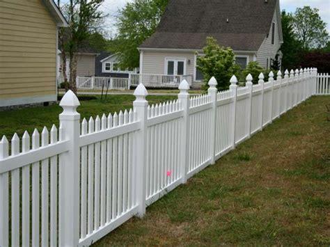 backyard vinyl fence vinyl picket fence sevierville tennessee bryant fence