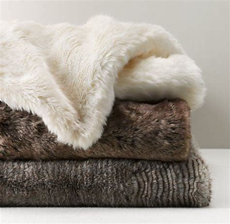 Not All Fur Real Or Faux Need Be Removed At The Door With A Plush Fox Vest Balmain Shows How To Bring Fur Indoors For Day Fashiontribes Fashion by Best 25 Bed Throws Ideas On Wool Blanket