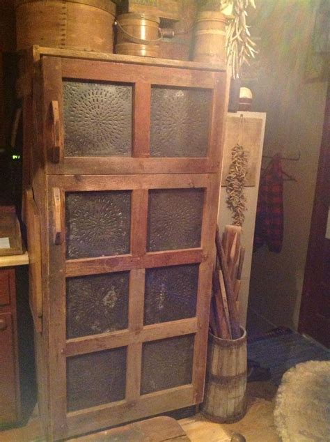 primitive kitchen furniture 571 best primitive kitchens images on kitchens country kitchens and kitchen rustic