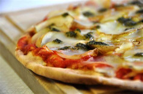 la pizza es alta 8441538301 la pizza de or 237 genes humildes a la alta cocina gourmet