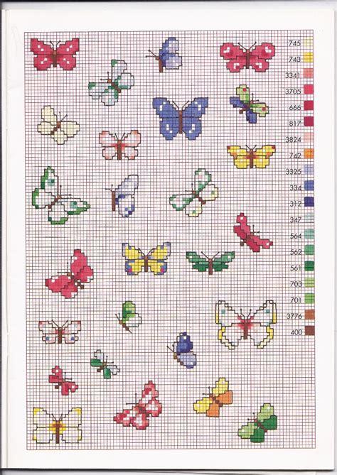schemi di fiori a punto croce tante farfalle colorate schemi punto croce piccoli