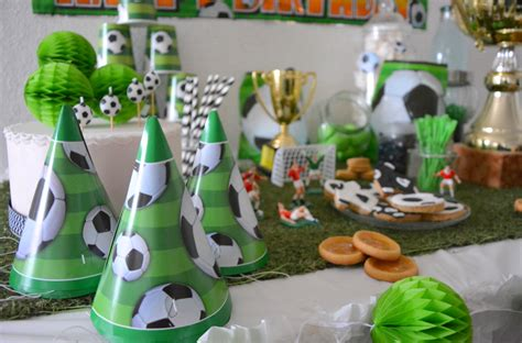 Decoration Anniversaire Foot by Un Anniversaire Foot Pour Mini Messi Organiser Un