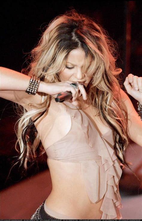 Shakira Nip Slip Xxgasm