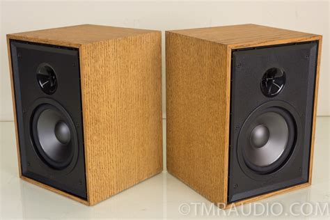 klipsch kg 1 2 compact bookshelf speakers oak finish