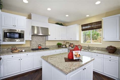 Kitchen Cabinets Hamilton by Frameless Cabinetry Hamilton Thermofoil With A White