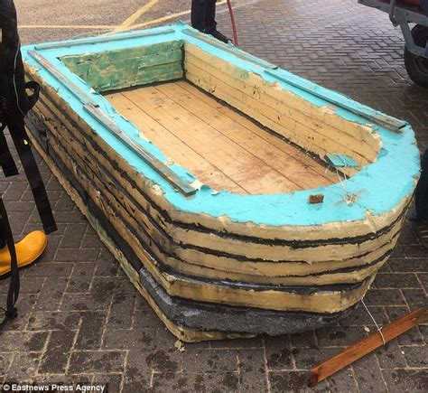 pontoon boat flooring diy essex fishermen rescued from 163 9 diy boat made with wire