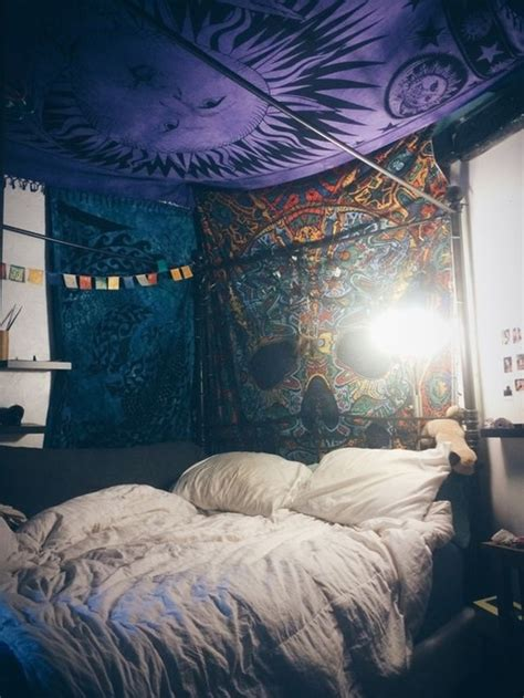 hippie bedrooms tumblr drunk beautiful dope hippie smoke hipster bedroom grunge