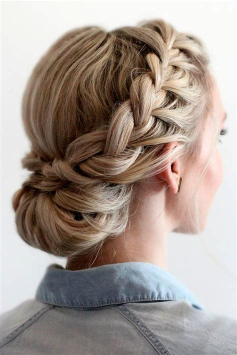 cute hairstyles for a rodeo hairstylegalleries com 33 amazing graduation hairstyles for your special day