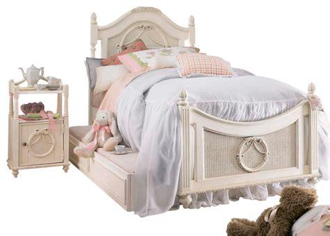 emma s treasures ii bedroom vanity set kids bedroom lea emma s treasures 3 piece poster kids bedroom set in