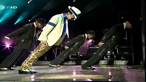 Travel To Usa From Uk With A Criminal Record Michael Jackson Smooth Criminal Live In Munich 1997 Doovi