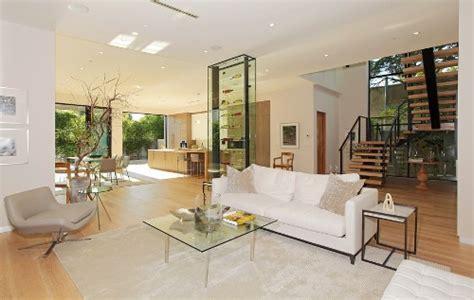 desain interior rumah warna coklat warna warni cat untuk desain rumah sederhana 2 lantai