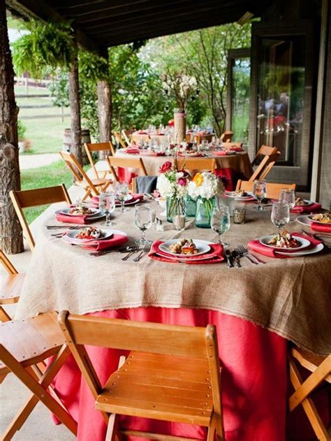 Outdoor Entertaining: 10 Inspiring Summer Tablescapes