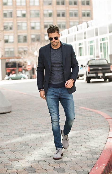 de moda blazer azul marino camisa de vestir blanca pantalon de the style refresher every guy needs hello his