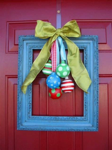 how to make a door bow for christmas door bows happy holidays