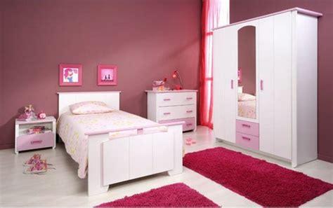 les chambre de fille une d 233 co de chambre de fille prune et