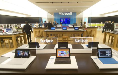 microsoft s canadian retail store to open at