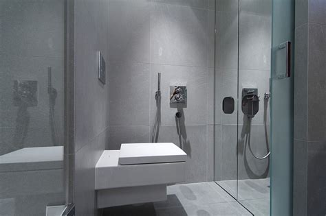 Shower Enclosures Small Bathrooms Small Bathroom Design Idea With Glass Shower Enclosure Decoist