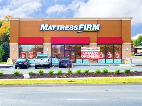 Mattress Firm Lincoln Ne by Track Record Recently Closed Transactions Sambazis Retail