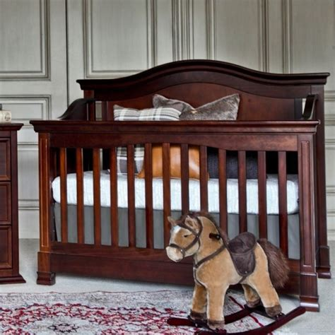 million dollar baby classic louis convertible crib with toddler rail million dollar baby classic louis 4 in 1 convertible crib