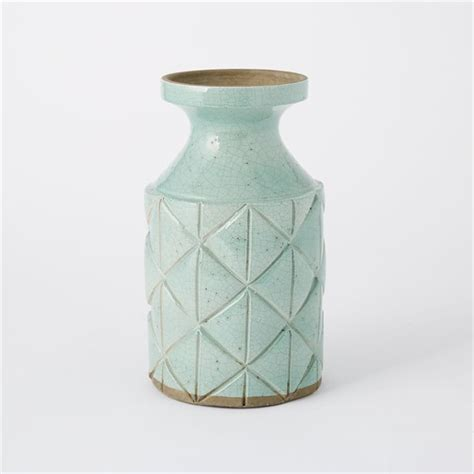 Pretty Flower Vases by Flower Vessels As Pretty As The Best Bouquets Design