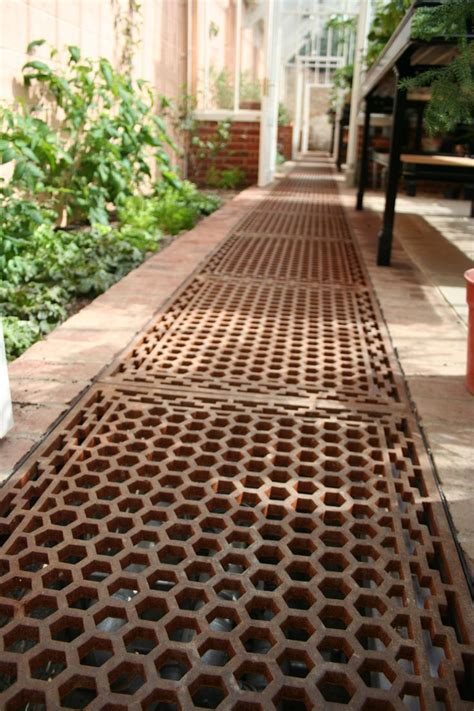 cast iron floor grids    perfect floor