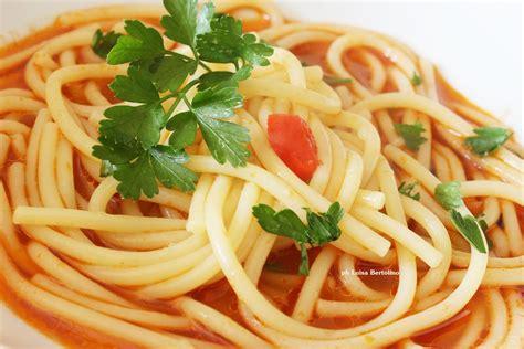 cucinare brodo di pesce spaghetti al brodo di pesce la magica cucina di luisa