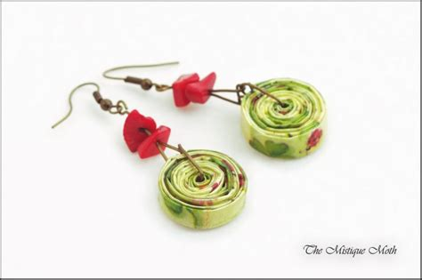 diy recycled paper jewelry ideas recycled things