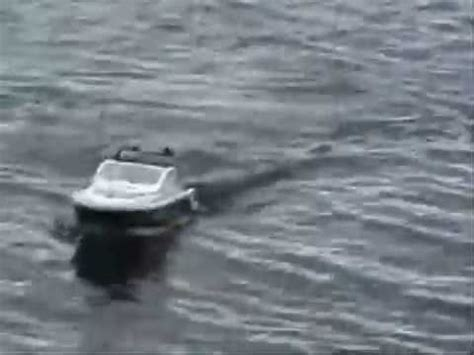 rc boat fishing for catfish rc fishing boat frankenstein doovi