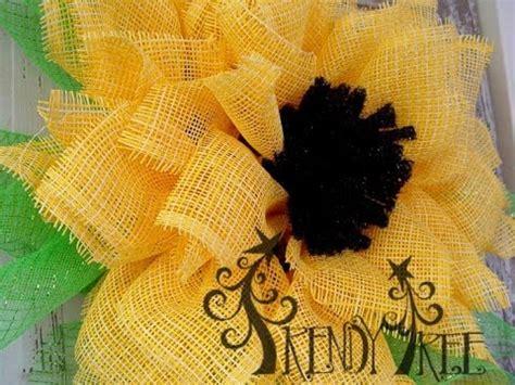paper mesh flower wreath tutorial trendy tree deco paper mesh sunflower tutorial doovi