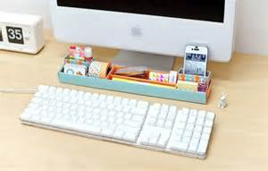 things for desk 30 ways to keep your workspace creative and well organized
