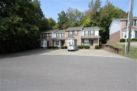 Apartment Guide For Tn The Landings Townhomes Apartment In Clarksville Tn