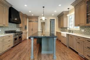 kitchen with light wood cabinets 43 quot new and spacious quot light wood custom kitchen designs