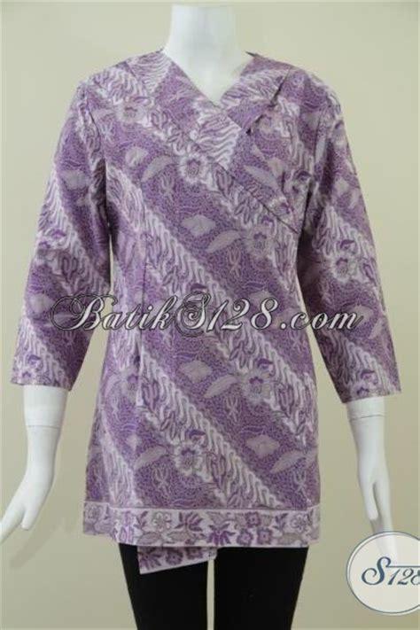 Setelan Baju Kantor Db135 Ungu blus batik parang warna ungu batik trendy seragam kerja batik wanita model kimono keren dan