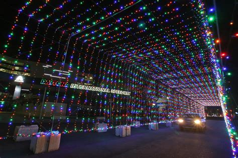 daytona speedway christmas lights speedway gives preview of holiday lights festival news